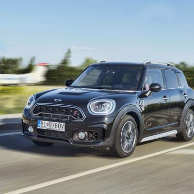 Test MINI Cooper S All4 Countryman JWC: Mimomestský švihák