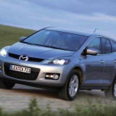Mazda CX-7: On-road, please