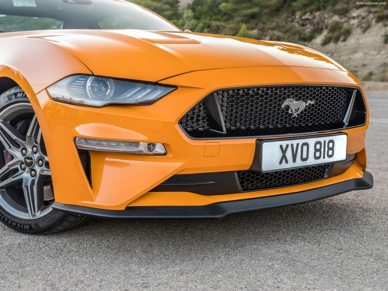Ford Mustang GT & Ford Ecosport ST-Line (2018)
