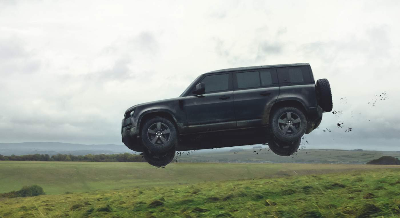Land Rover Defender 2020 vo filme No Time To Die (2020)