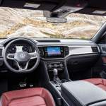Volkswagen Atlas Cross Sport (2020) © 2019 Volkswagen USA